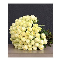 Flowers: 100 White Roses (White Heart)